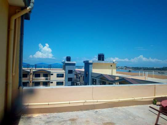 3 & 4 Bedroom Fully Furnished Apartment in Msasani Beach image 9