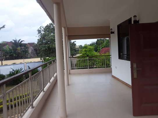 4 bed room house stand alone house for rent at masaki near sea cliff image 3