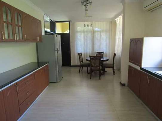 4 Bedrooms Executive and Beautiful Villa House for Rent off Oysterbay Ada Estate image 5