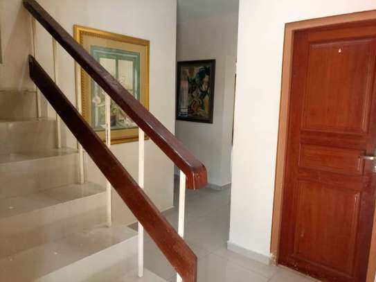 4 Bedroom Standalone House With Large Compound image 5
