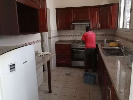 2 Bedroom Aparment at Mikochen  Near Shopers Plaza $500pm image 10