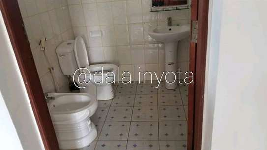 CUTE HOUSE FOR RENT STAND ALONE image 7