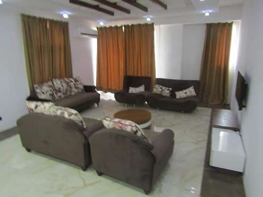4 Bedrooms Full Furnished Villa House in Masaki image 2