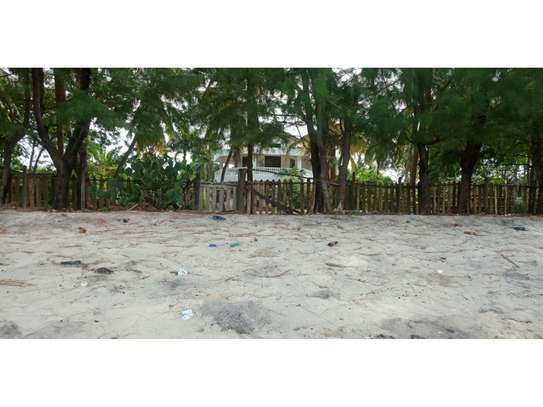 beach house 8bed at mbezi beach $2500pm plus 3bed house total 11 bed image 13