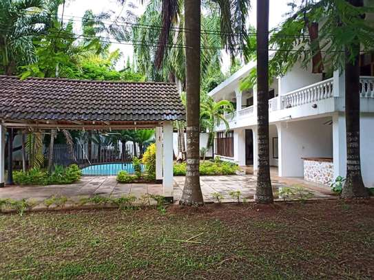 5 bdrm House for sale in Oyster by Coco Beach. image 8
