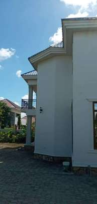 5 bed room house for sale at kigamboni image 10