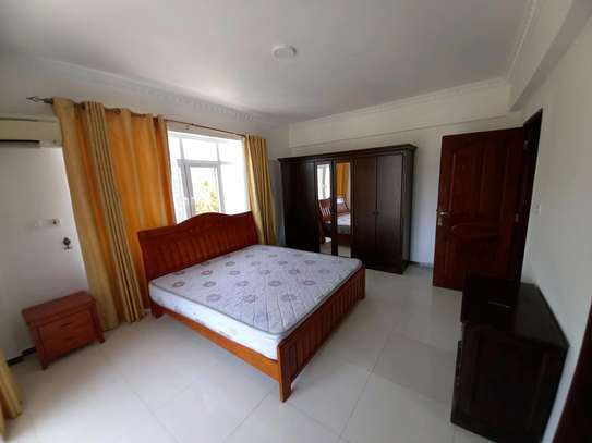 3bhk luxury apartment for rent fully furnished image 9