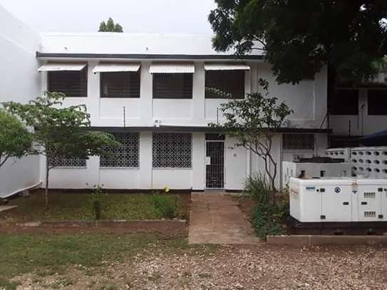 3 Bedroom Unfurnished Standalone House in Masaki image 1