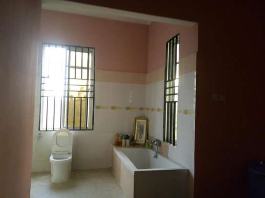 3bedroom house in Gezaulole Kigamboni block 21 image 7