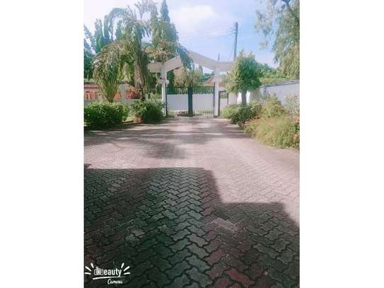 5bed house at mikocheni a $1500pm image 5