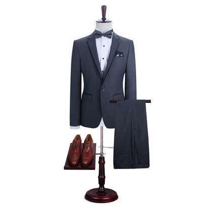 MEN'S SUITS (Tuxedo design)