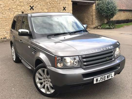 2010 Land Rover Range Rover Sport image 1
