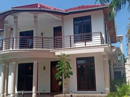 HOUSE FOR SALE 4BEDROOMS AT MIKOCHENI image 9