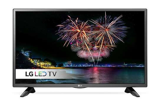 32 inch LG LED HD TV - Free Wall Bracket image 1