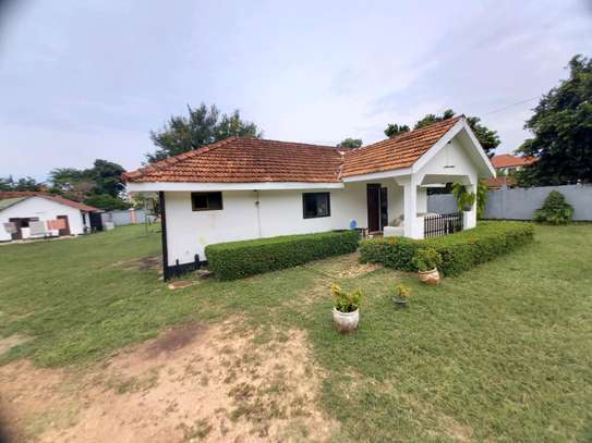 2 bedrooms house for rent at OYSTERBAY image 1