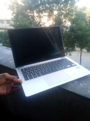 Asus laptop [Very slim&touch screen]