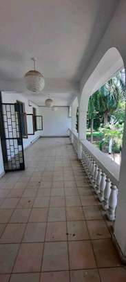 a 5bedrooms BUNGALOW  alongside the beach in OYSTERBAY is now available for SALE image 8