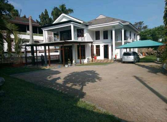 A LUXURIOUS STANDALONE MASION IS NOW AVAILABLE FOR RENT AT MASAKI WALKING DISTANCE TO THE BEACH image 1