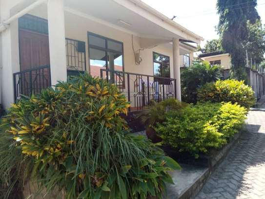 2bed villa at mliman area changanyikeni tsh 500,000