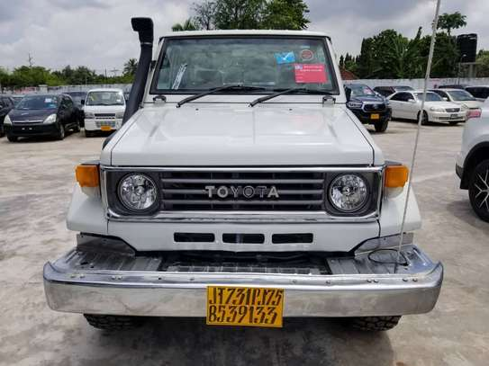 1995 Toyota Land Cruiser Pickup