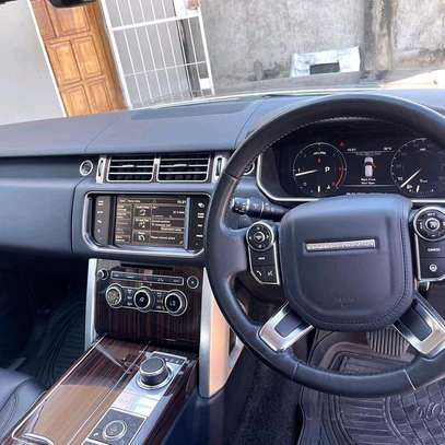 2015 Land Rover Range Rover Vogue image 3