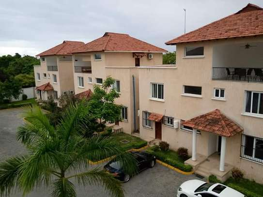 4 Bedrooms Executive Furnished Villa Houses in Oysterbay image 14