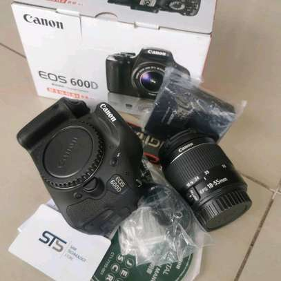 CANON EOS 600D WITH LENS 18-55MM image 2