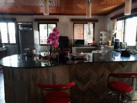 4bed house in the compound at msasani $800pm image 11