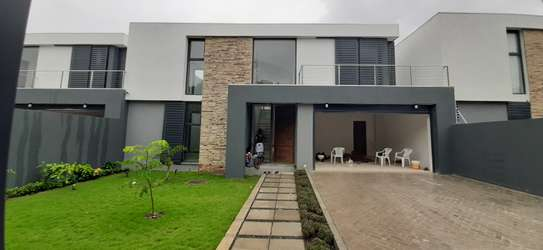 4 Bedrooms New House For Rent In Oysterbay