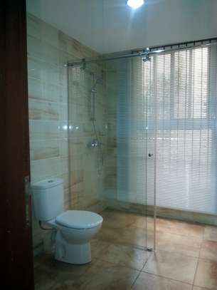 4 bedrooms Villa in Gated Compound In Oysterbay For Rent image 5