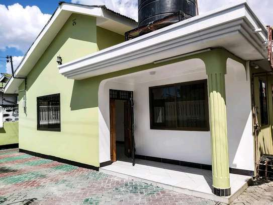 SINZA HOUSE FOR RENT