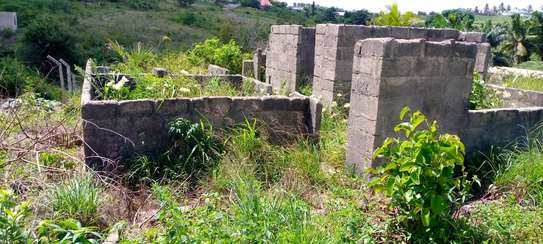 plot incomplete house  for sale at goba image 6