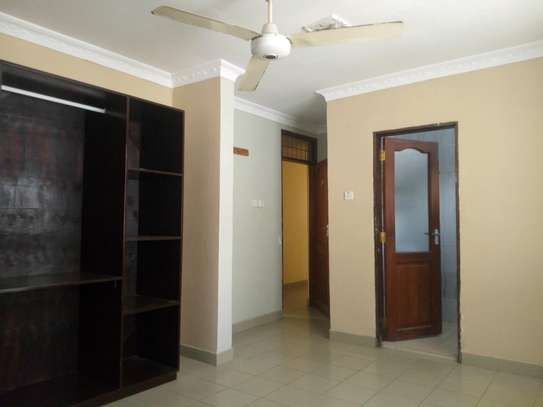 3bedroom house in Mikocheni B, for rent. image 7