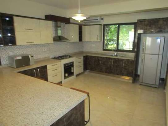 3 & 5 Bedrooms Modern and Luxury Furnished Apartments in Oysterbay
