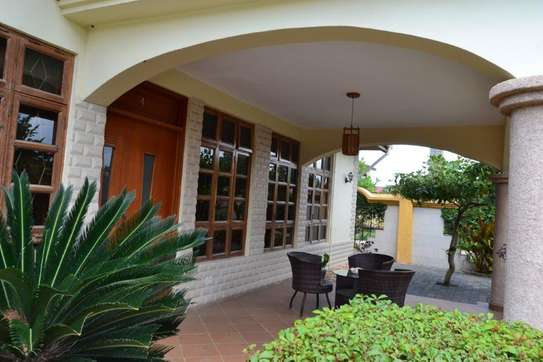 3 bed room villa for rent $900pm at jangwani image 10