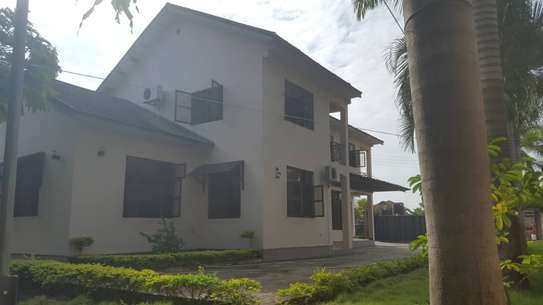 5 bed room house for sale at boko chasimba image 5