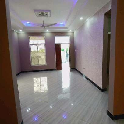 BUY OUR NEW KIBADA KIGAMBONI AREA HOUSE AT LOWERED PRICE. image 2