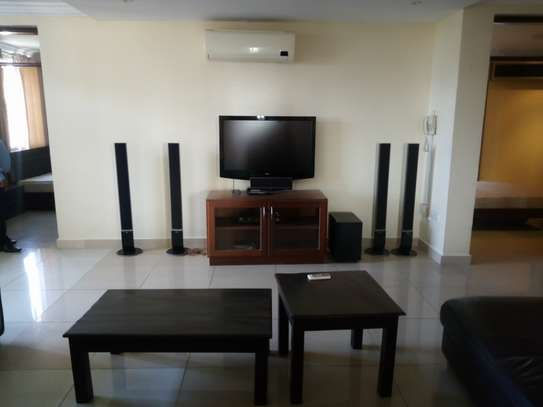 3 bedroom apartment available for rent in Upanga East image 3