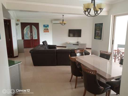 3bdrm ocean view Apartment to let in masaki image 4