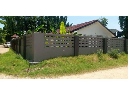 3bed house for sale 800sqm at mbezi beach africana tsh 350m image 1