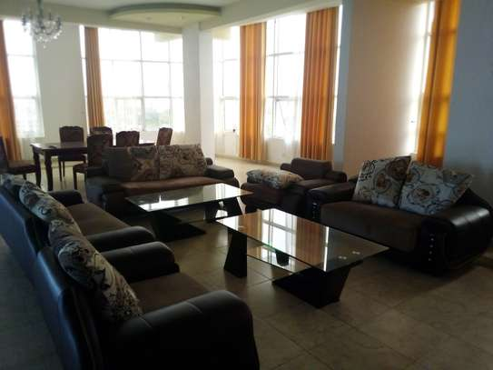 LUXURY 4 BEDROOM PENTHOUSE FOR RENT WITH JACUZZU AND SEA VIEW AT UPANGA image 12