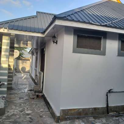 3bed house at kinondoni tsh1ml image 5