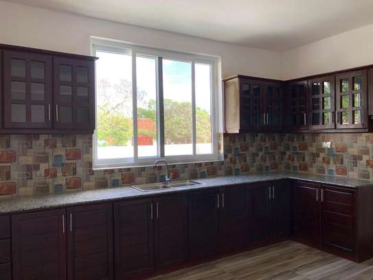 LUXURY 4 BEDROOMS DUPLEX FOR RENT AT MIKOCHENI image 6