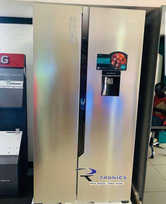 Hisense 514L Side by Side Fridge with Water Dispenser