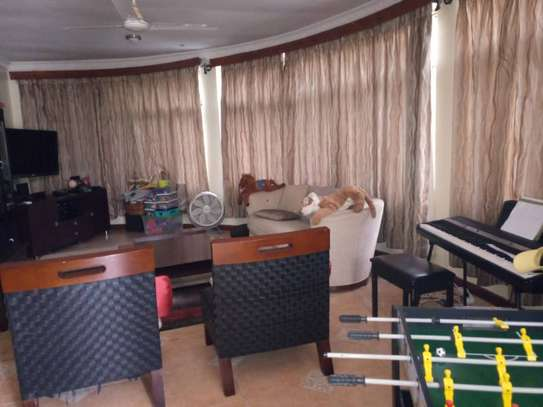 4bed house at masaki  $3000pm image 3