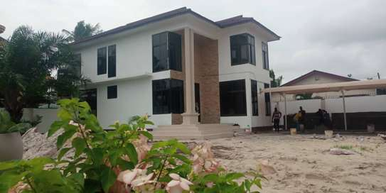 5bed house at mikocheni