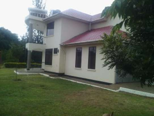 15BEDR.HOUSES/OFFICESS FOR RENT AT NJIRO image 3