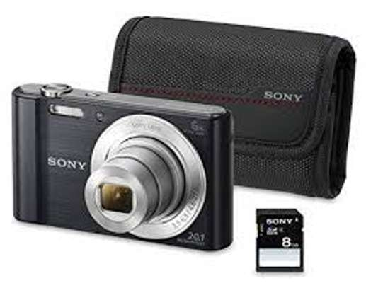 Sony DSC- W810- 20MP Camera with Case and 8GB Memory card