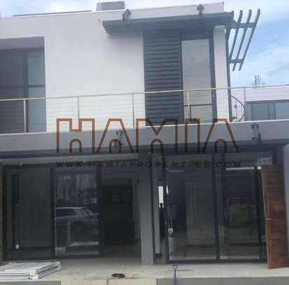 4 Bedroom Villa for rent in Oysterbay image 1