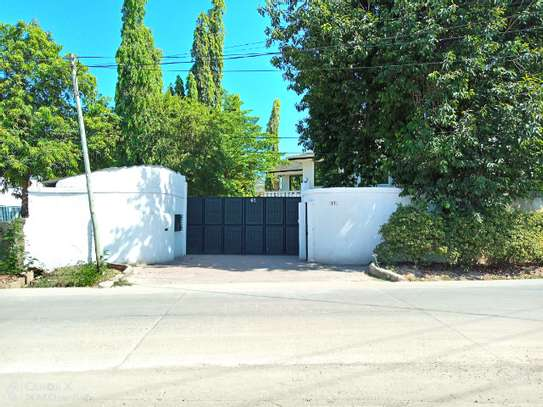 14 bed house at mikocheni $2000pm image 4